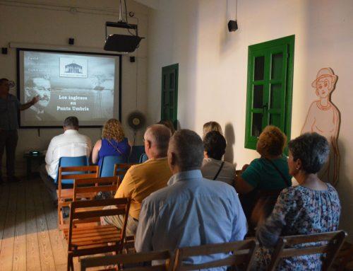 La Casa Museo de los Ingleses de Punta Umbría abrió anoche, 26 de julio, sus puertas hasta las 23.00 horas, con motivo del 75º aniversario de William Martin. El legado inglés.